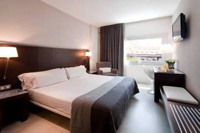 Habitación doble  del hotel Actual. Foto 1