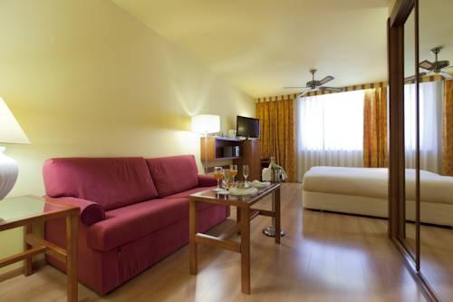 Habitación familiar  del hotel Spa Senator Barcelona. Foto 2