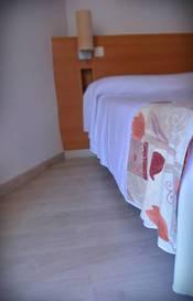 Habitación individual  del hotel Alone. Foto 1