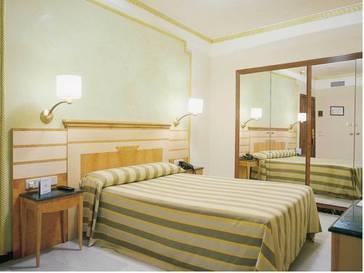 Habitación individual  del hotel Eurostars Maimonides