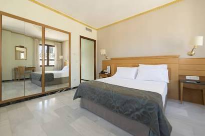 Habitación familiar  del hotel Eurostars Maimonides