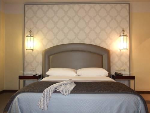 Habitación doble Terraza del hotel Maciá Alfaros