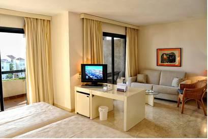 Junior suite  del hotel AR Almerimar. Foto 1