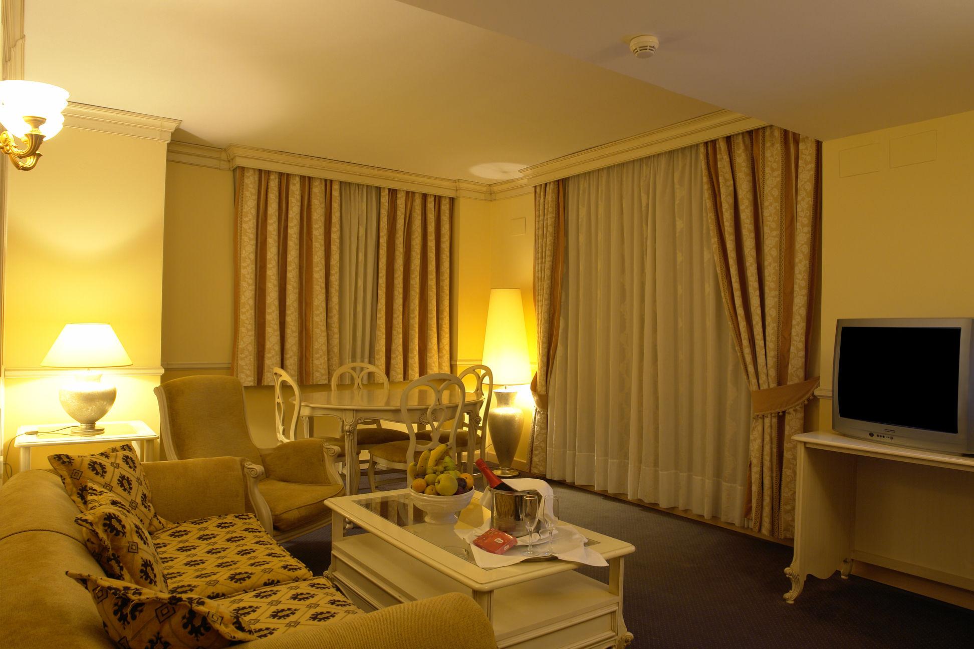 Suite Temática del hotel Peñiscola Plaza Suites. Foto 1