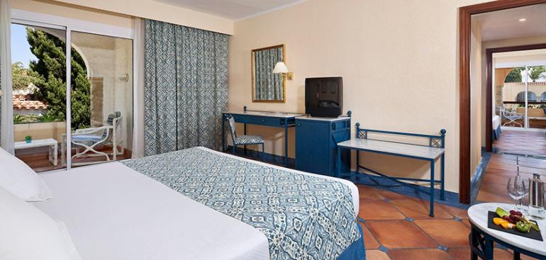 Hotel melia atlanterra barat simo for Habitacion hotel familiar palermo