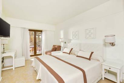 Habitación doble Vista Mar dos camas separadas del hotel Iberostar Isla Canela. Foto 3