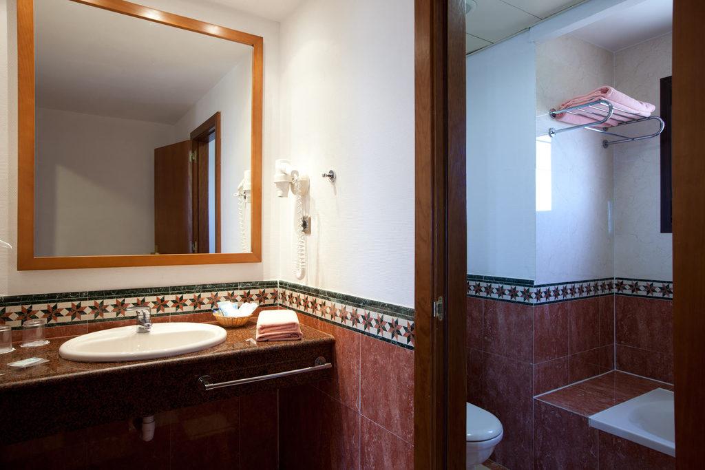 Habitación doble  del hotel Playacanela