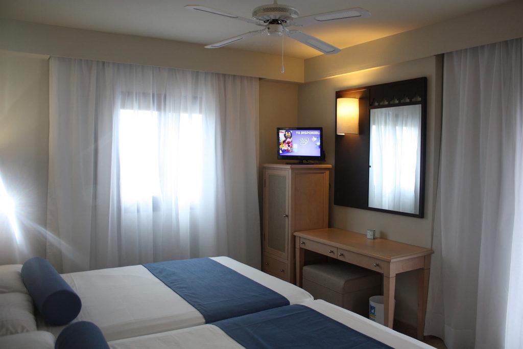 Habitación doble Comunicada del hotel Playacanela