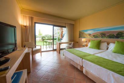 Habitación doble Superior del hotel Sensimar Isla Cristina Palace Hotel & Spa. Foto 1
