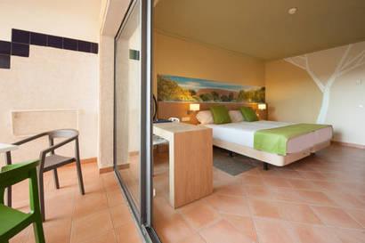 Habitación doble  del hotel Sensimar Isla Cristina Palace Hotel & Spa. Foto 1