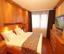 Hotel Apartment Vacha Linzerstrasse
