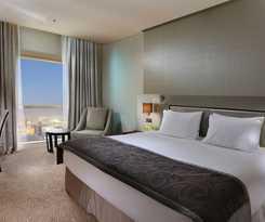 Hotel MILLENNIUM PLAZA HOTEL