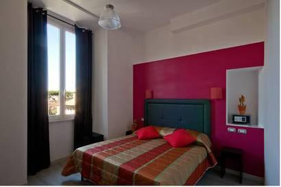Habitación doble  del hotel Mf. Foto 1