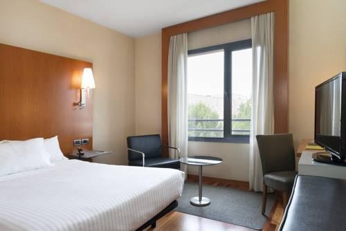 Habitación doble  del hotel Exe Cuenca. Foto 1