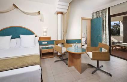 Hotel melia fuerteventura barat simo for Habitacion familiar melia atlanterra