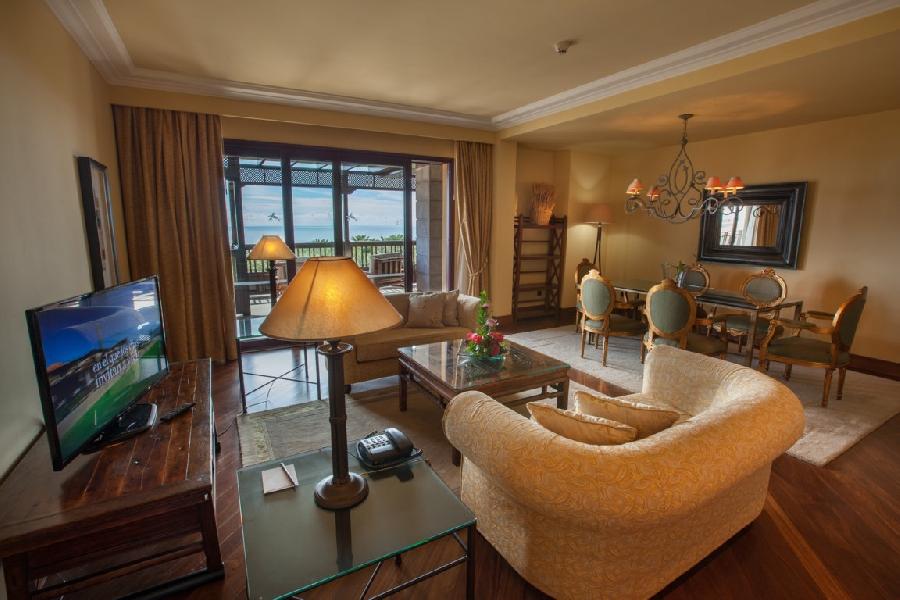 Suite Superior del hotel Lopesan Costa Meloneras Resort, Spa and Casino. Foto 1