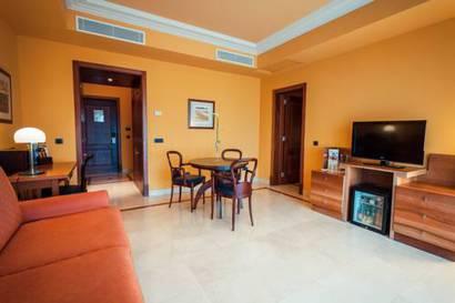 Junior suite  del hotel Lopesan Costa Meloneras Resort, Spa and Casino. Foto 1