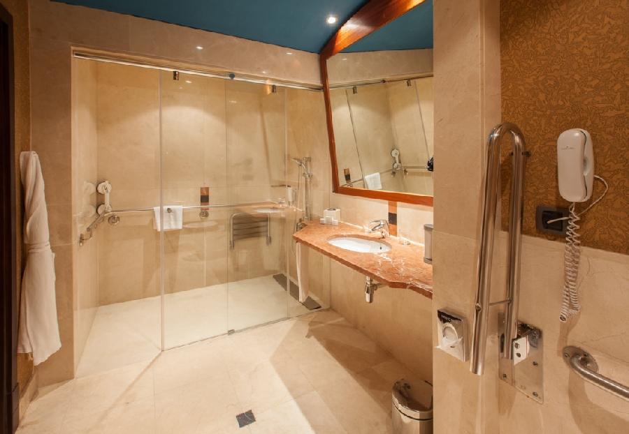 Habitación doble Accesible del hotel Lopesan Costa Meloneras Resort, Spa and Casino. Foto 1