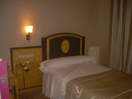 Habitación individual  del hotel Macia Condor. Foto 1