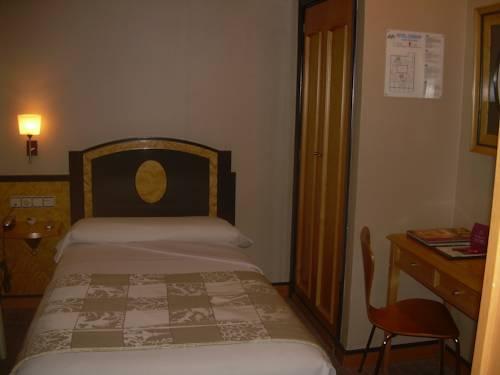 Habitación individual  del hotel Macia Condor. Foto 3
