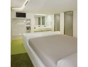 Junior Suite Jacuzzi y Terraza del hotel Granada Five Senses Room and Suites