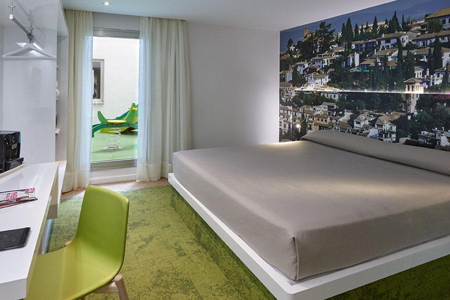 Habitación doble Comunicada del hotel Granada Five Senses Room and Suites. Foto 1