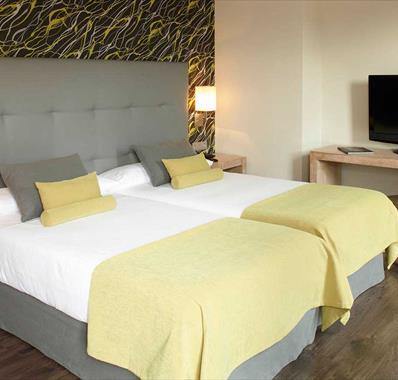 Habitación doble dos camas separadas del hotel Barceló Carmen. Foto 1