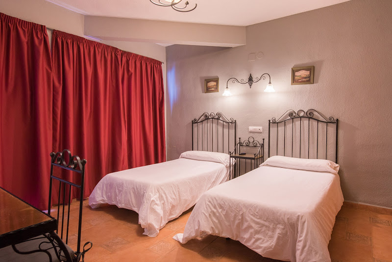 Habitación doble dos camas separadas del hotel Santa Cruz