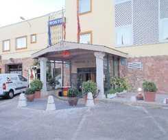 Hotel Hostal Fronton