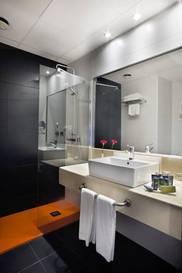 Habitación doble  del hotel Weare Chamartin. Foto 2