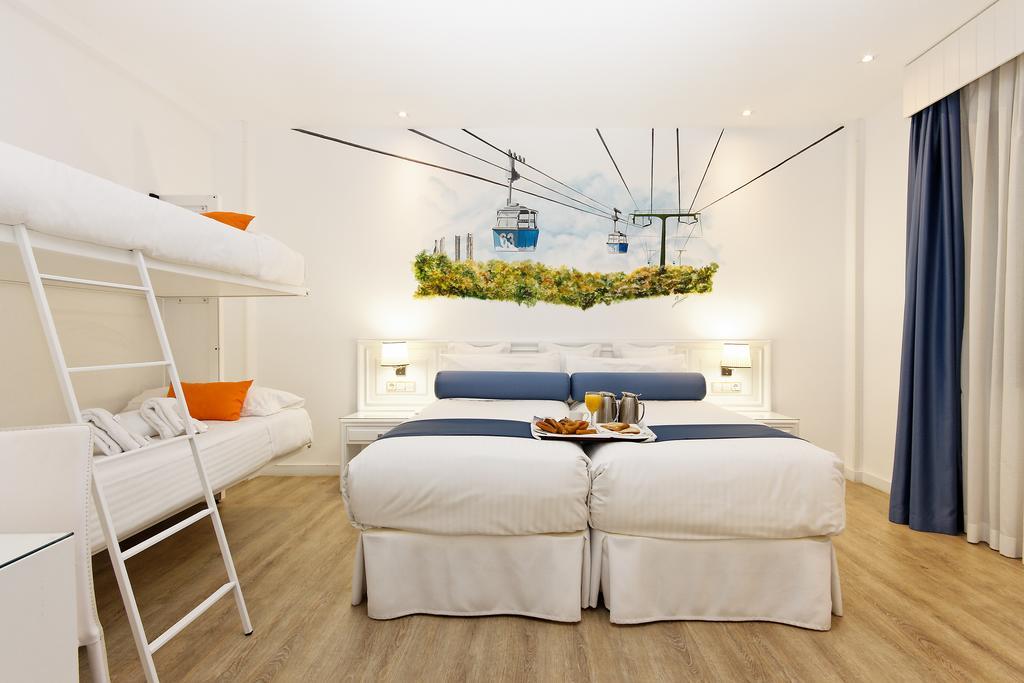Habitación cuadruple Cama Litera Temática del hotel Mayorazgo. Foto 1