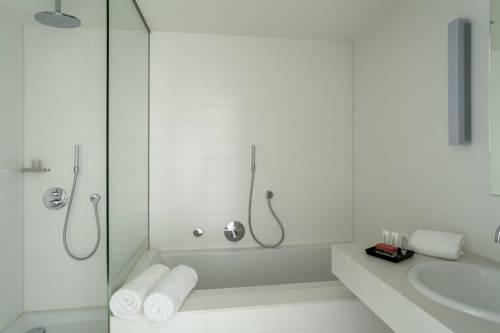 Habitación doble dos camas separadas del hotel Room Mate Aitana