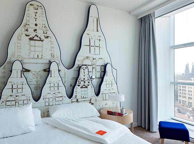 Habitación doble  del hotel Room Mate Aitana. Foto 3