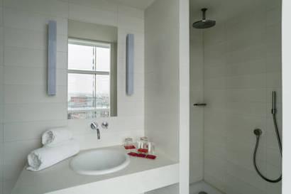 Habitación Estándar con Vistas del hotel Room Mate Aitana. Foto 2