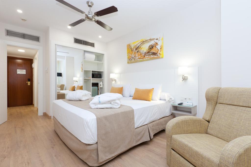 Habitación doble Ejecutiva del hotel Senator Barajas. Foto 3