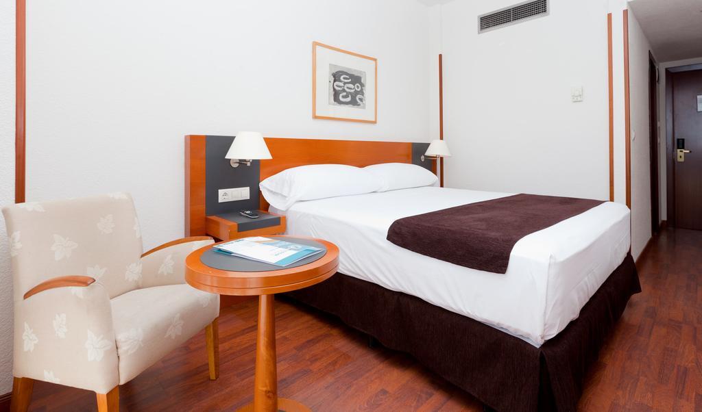 Habitación doble  del hotel Senator Barajas. Foto 2