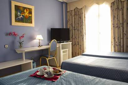 Habitación triple  del hotel Laguna Park