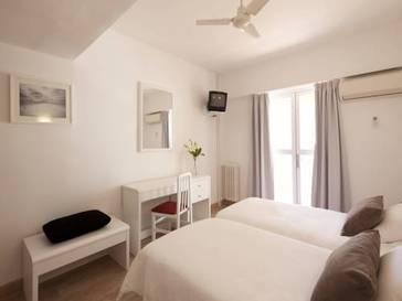 Habitación doble dos camas separadas del hotel whala!Beach. Foto 2