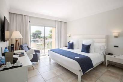 Habitación doble Lujo Vista Lateral Mar del hotel Be Live Collection Palace de Muro