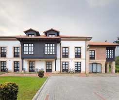 Apartamentos La Casona De La Roza