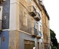 Hostal B.a. Hostel