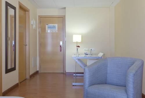 Suite Confort del hotel Vertice Sevilla. Foto 1