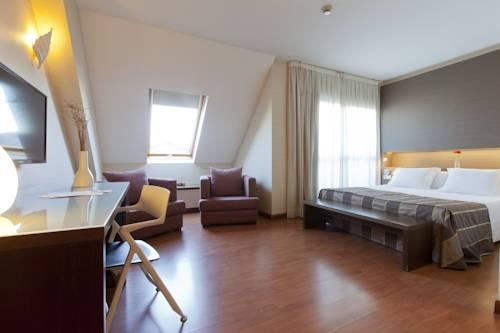 Habitación doble Lujo con bañera de hidromasaje del hotel Vertice Sevilla