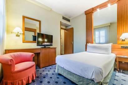 Habitación individual  del hotel Exe Sevilla Macarena