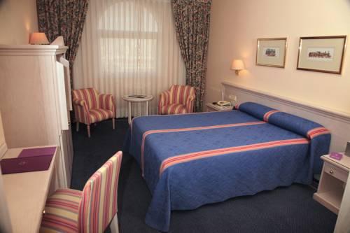 Habitación doble  del hotel Ayre Sevilla