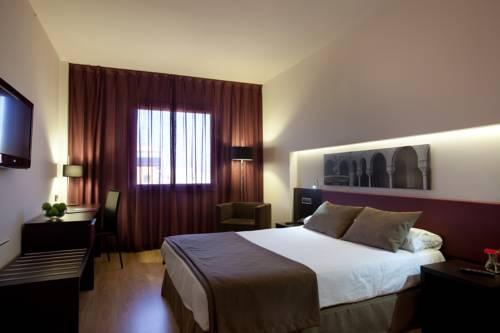 Habitación doble Superior del hotel Ayre Sevilla. Foto 2