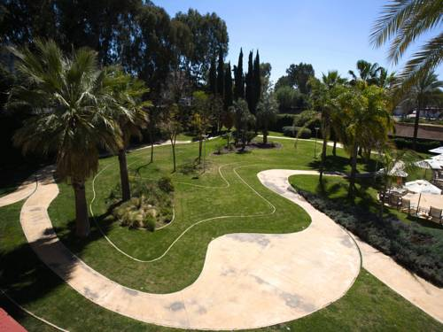 Habitación doble Vista Piscina del hotel Silken Al-Andalus Palace. Foto 2