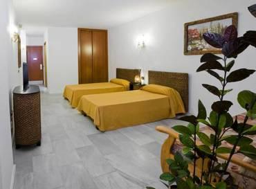 Apartamento 2 dormitorios  del hotel Las Piramides