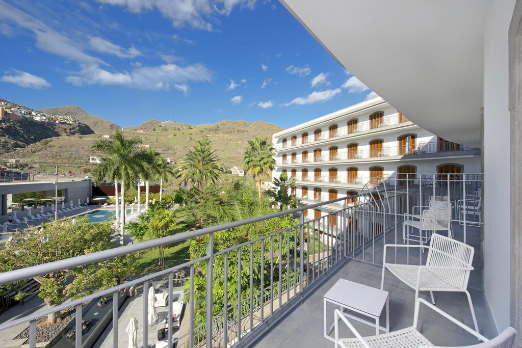 Habitación doble Superior del hotel Iberostar Grand Hotel Mencey. Foto 1