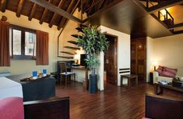 Suite  del hotel Abad Toledo. Foto 2